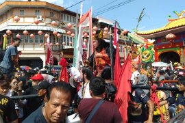 Menteri Agama lepas ratusan peserta festival CGM di Singkawang