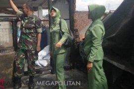 Persit Kodim Sukabumi salurkan bantuan korban bencana