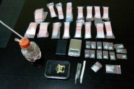 Polisi Gebang tangkap dua pengedar sabu-sabu