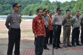 Wabup Kayong pimpin upacara Hari Peduli Sampah Nasional