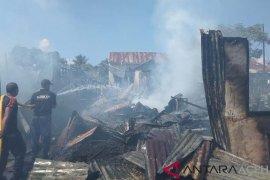 Pemkot Sabang salurkan bantuan kepada korban kebakaran