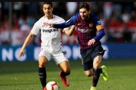 Hat-trick ke-50 Lionel Messi bawa Barcelona pukul Sevilla 4-2