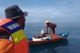 Kapal nelayan kandas di perairan Pulau Bunta