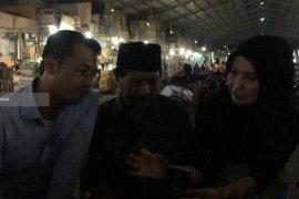 Arzeti : Kemasan Buah Lokal di Pasar Tanjungsari Surabaya Perlu Ditingkatkan