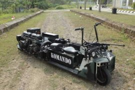 """Komando"" skuter sangar bermesin kembar"