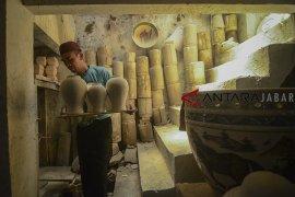 Kenaikan produksi utilisasi keramik