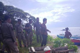 Tambang bijih timah ilegal rambah kawasan Pantai Belitung Timur