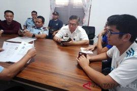 Imigrasi dan Kakanwil Kemenkumham Aceh periksa sejumlah TKA di Nagan Raya