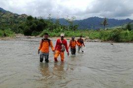 SAR Lanjutkan Pencarian Warga yang Hilang di Hutan Mandilis Jember