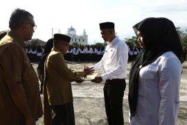 Wabup minta tenaga kesehatan Aceh Besar beri pelayanan prima