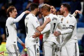 Real Madrid raih kemenangan keempat beruntun, tekuk Alaves 3-0