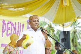 Gubernur Rusli lantik 10 pejabat baru Pemprov Gorontalo