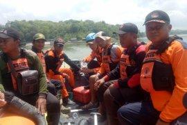 Tim SAR Gabungan Lanjutkan Pencarian Korban Tenggelam di Bojonegoro