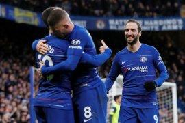 Chelsea menang 5-0 atas tim juru kunci Huddersfield Town