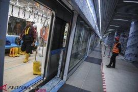 Hari pertama uji publik MRT angkut 4.000 warga Jakarta