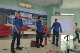 Pemkab Bangka berikan pelatihan kebakaran kepada petugas RSUP Soekarno