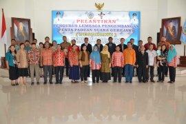 Sekda lantik pengurus Pesparawi Kayong Utara