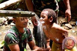 Tentara mengajar bukan gantikan guru
