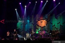Soimah nge-jazz bareng Dewa Budjana di JJF 2019