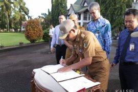 Regent inaugurates Si Anggrek application to accelerate disbursement
