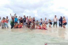 Dinas Pariwisata Belitung susun ketentuan operasional kapal wisata