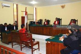 Pengacara Bonaran minta kliennya dibebaskan karena dakwaan kabur