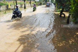 Pemkab Madiun Dirikan Posko Bencana dan Dapur Umum Tangani Banjir