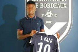 Ibu pemain Bordeaux Samuel Kalu diculik
