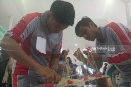 Puluhan SMA di Jatim ikuti kontes robot di Uwika