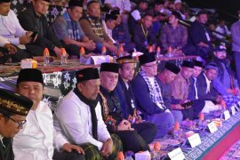 Lebih sepuluh ribu warga padati tablig akbar UAS di Aceh Tengah