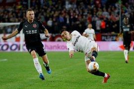 Dua kali unggul, Sevilla ditahan imbang Slavia Praha 2-2