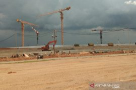 One worker at Syamsudin Noor Airport project dies of a work accident