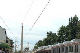 KRL terguling di perlintasan Cilebut arah Bogor
