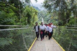 Peresmian jembatan gantung Situ Gunung
