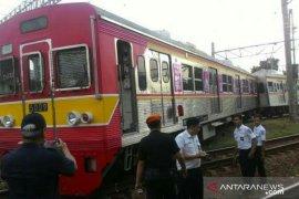17 korban luka-luka akibat KRL anjlok dievakuasi