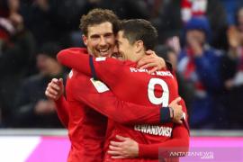 Lewandowski pimpin daftar top skor Liga Jerman