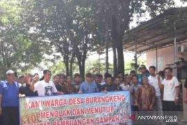Pemkab Bekasi diminta gandeng polisi buka blokade TPA