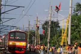 Jalur KRL Jakarta-Bogor kembali dapat digunakan