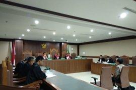 Sekjen dan bendahara KONI didkawa suap Deputi IV Kemenpora