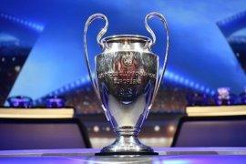 Tur Piala Liga Champion UEFA di Indonesia hadirkan 2 legenda sepak bola