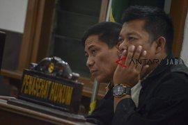 Sidang lanjutan Bupati Cirebon non aktif