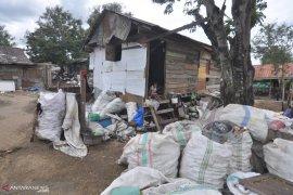 Dinsos Aceh Barat bekerja sama dengan DKP entaskan kemiskinan