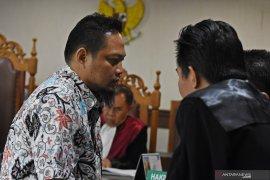 Vonis 7 tahun penjara untuk panitera pengganti PN Medan