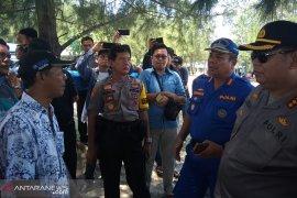 Polisi menahan lima nelayan pengguna pukat harimau