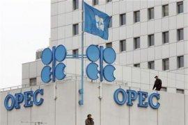 Harga minyak dunia bervariasi di tengah laporan bulanan OPEC