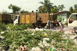 Praktik pungli terjadi di area TPA Jalupang Karawang