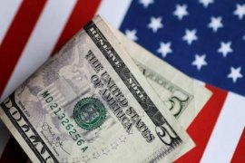 Dolar AS sedikit menguat ketika perkembangan Brexit menjadi sorotan