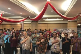 WNI antusias saksikan penghitungan suara pemilu di Kota Kinabalu