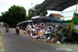 Ketua DPRD Karawang: Usut Dugaan Pungli di TPA Jalupang