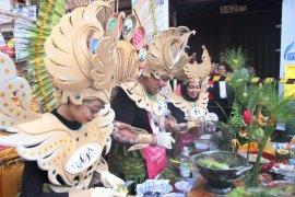 Festival Rujak Uleg, tim Hotel Singgasana raih tiga penghargaan